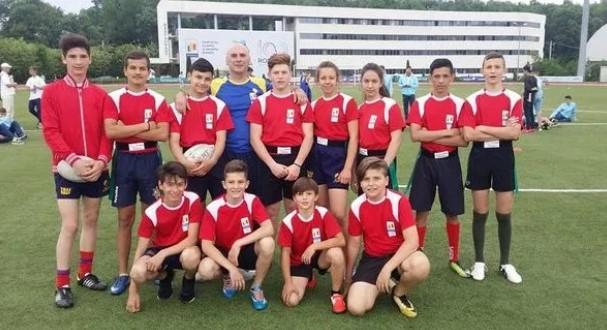 """Școala Gimnazială """"Manolache Costache Epureanu"""" din Bârlad, vicecampioană națională la rugby – tag"""