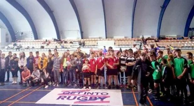 """Echipa de rugby tag a Școlii Gimnaziale """"Manolache Costache Epureanu"""" Bârlad, calificată la faza finală a Gimnaziadei"""